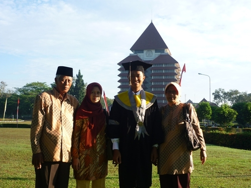 Varsity Memory: Graduation Speech on How I Love My Business School FEUI